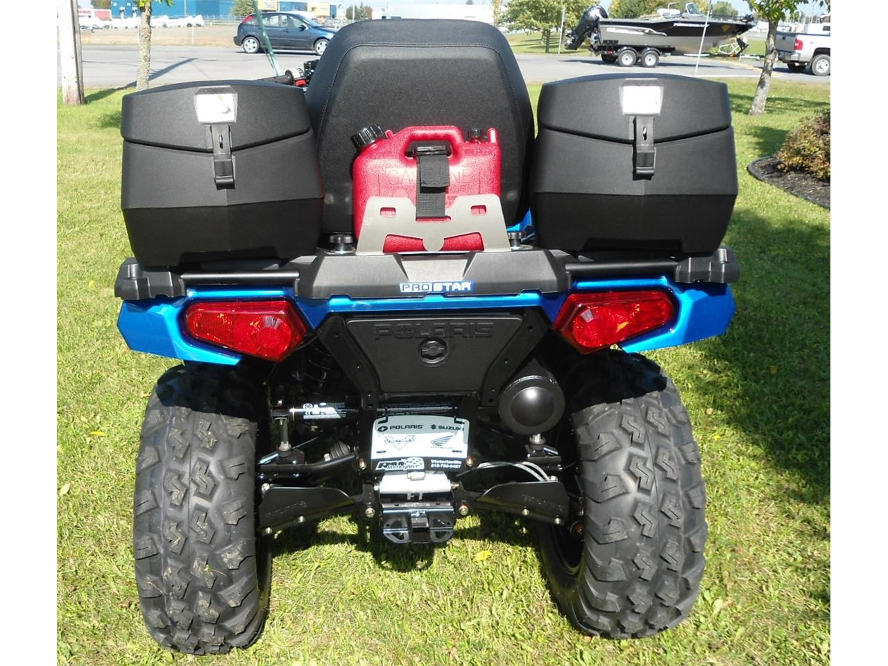 Bidon 5L avec rack attache-rapide Polaris Sportsman 550 et 850